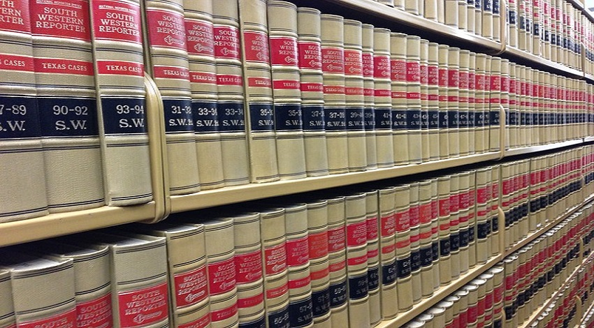 law-books-291676_640